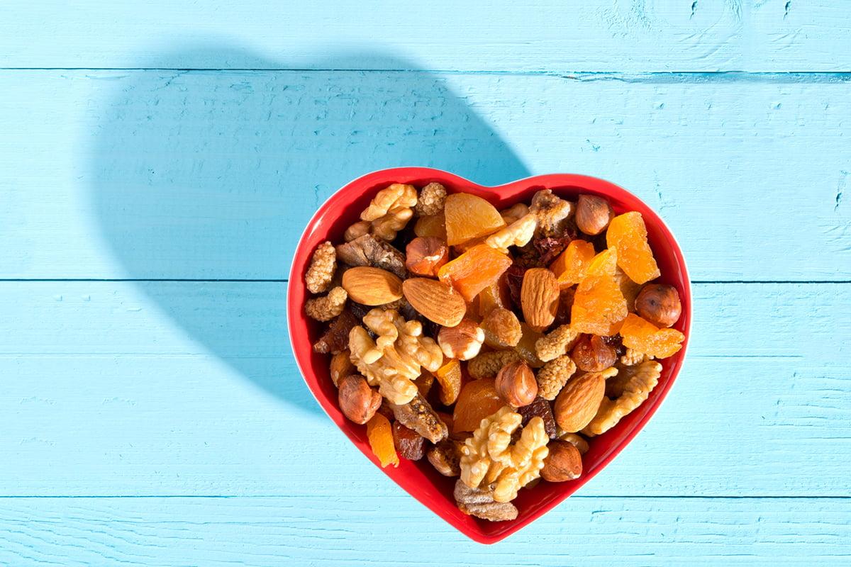 Frutta secca, l'alternativa ideale per migliorare la qualità della dieta: parola degli esperti